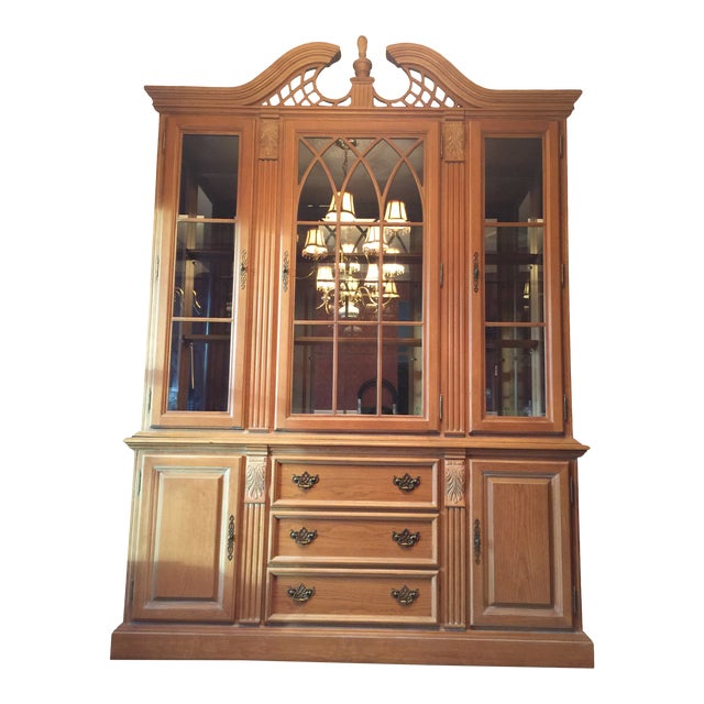 Late 20th Century Chippendale Style China Cabinet For Sale