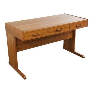 Vi - Ma Mobler Danish Modern Teak 3 Drawer Writing Desk For Sale