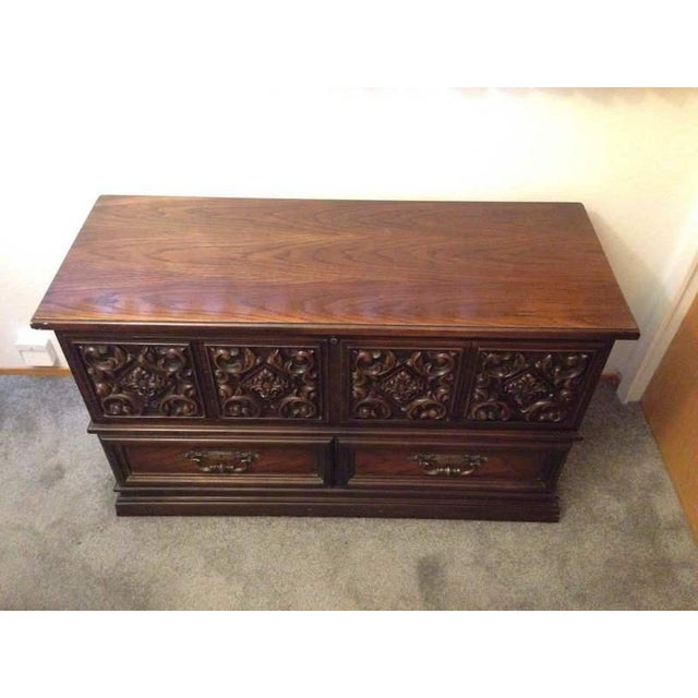 Traditional Lane Carved Mahogany Sweetheart Chest For Sale - Image 3 of 11