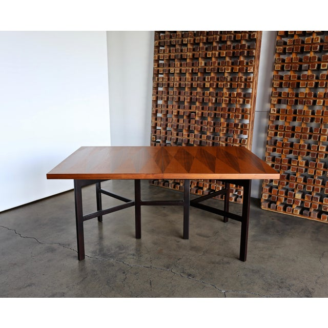 1960s Mid-Century Modern Milo Baughman Dining Table for Directional Furniture For Sale In Los Angeles - Image 6 of 13