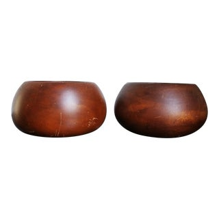 Thai Hand-Carved Mango Wood Bowls - A Pair For Sale