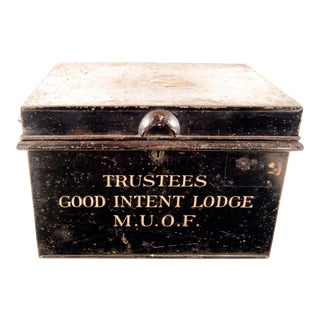 1920s Vintage English 'Good Intent Lodge' Metal Trunk For Sale