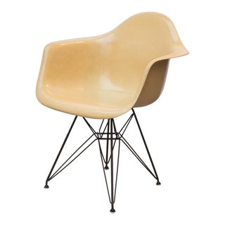 Eames Molded Fiberglass Armchair in Butterscotch For Sale