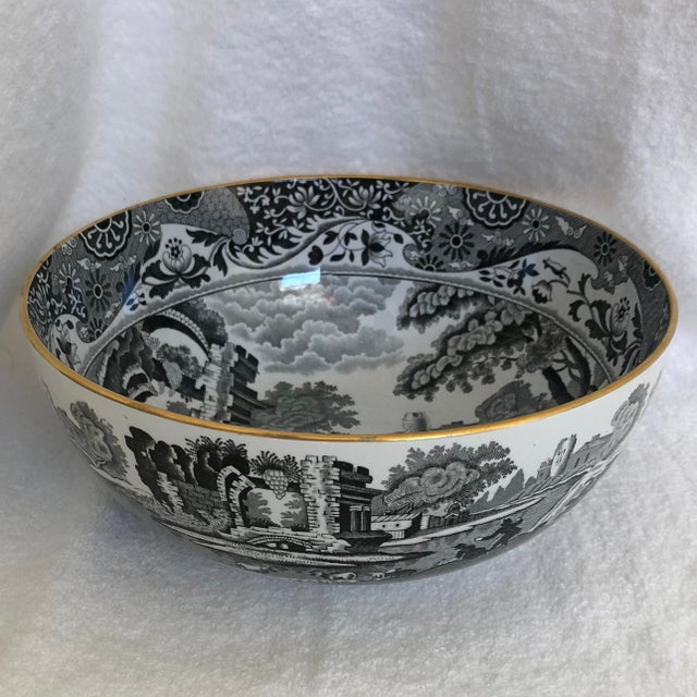 1960s 1960s English Porcelain Black Transfer Ware Serving Bowl by Spode With Gilt Trim For Sale - Image 5 of 5