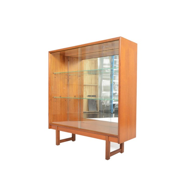 Turnidge of London Sliding Glass Doors Bookcase For Sale In San Francisco - Image 6 of 7