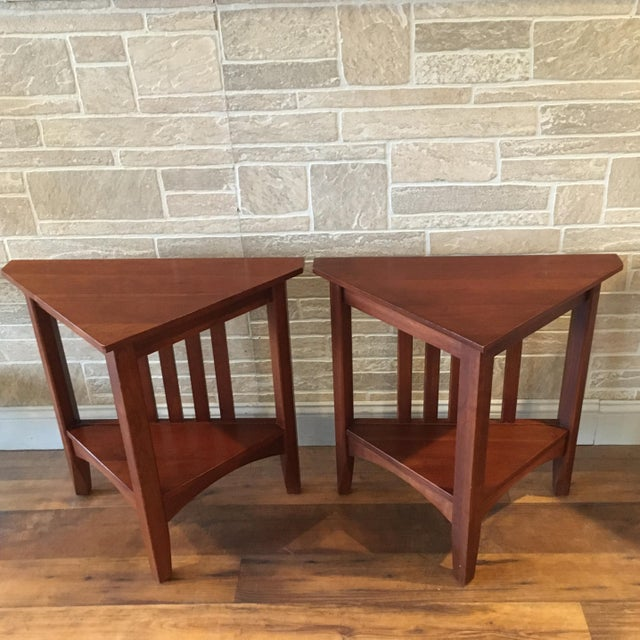Ethan Allen Late 20th Century Ethan Allen Solid Cherry Triangle Corner Side Table For Sale - Image 4 of 13