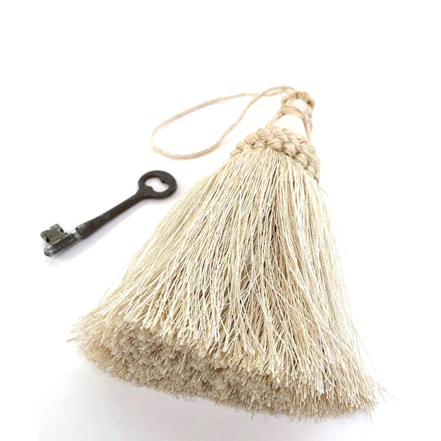 Key Tassel in Cream With Looped Ruche Trim For Sale In New York - Image 6 of 11