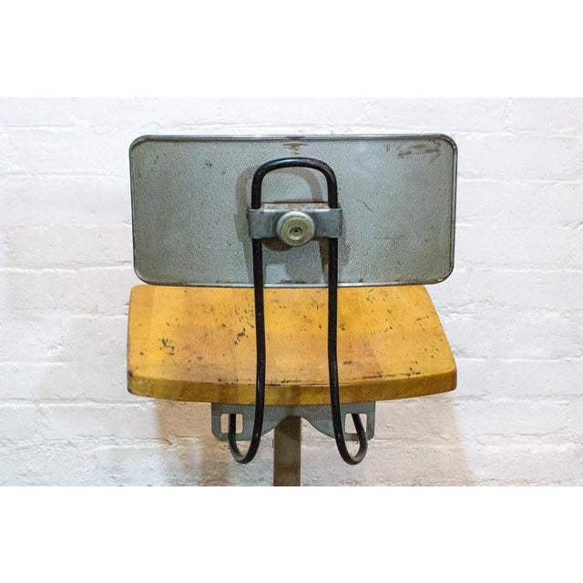 1940s Adjusto Equipment Industrial Stools - Set of 4 For Sale - Image 4 of 6