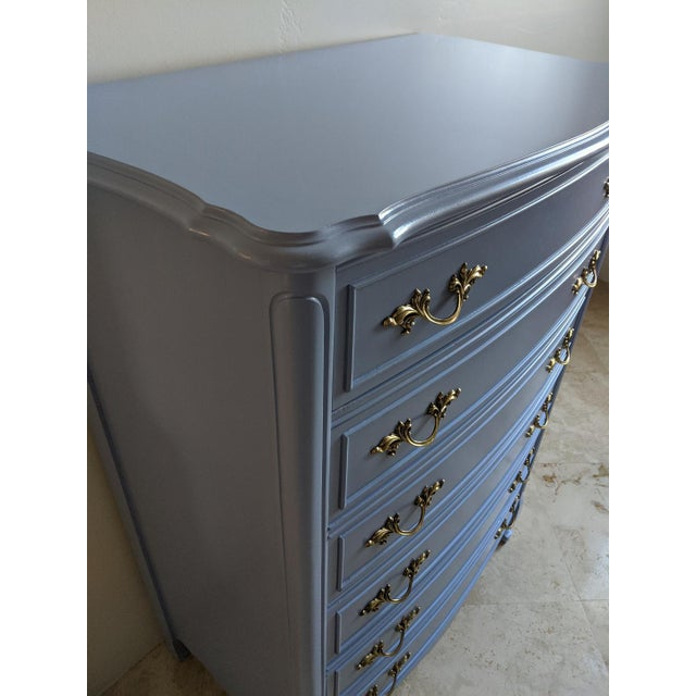 1950s French Provincial Dixie Light Blue Gloss Highboy For Sale - Image 10 of 11