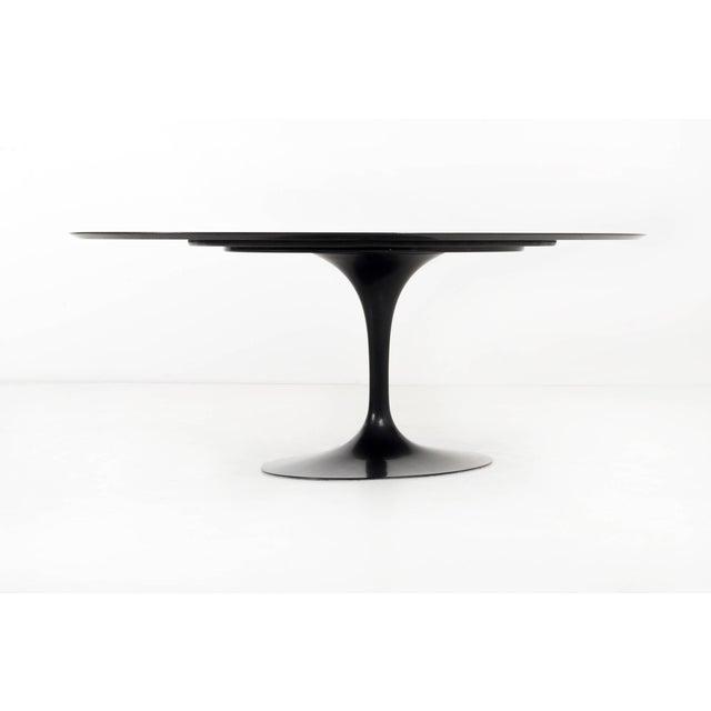 Mid-Century Modern Eero Saarinen Black Granite Tulip Table For Sale - Image 3 of 9