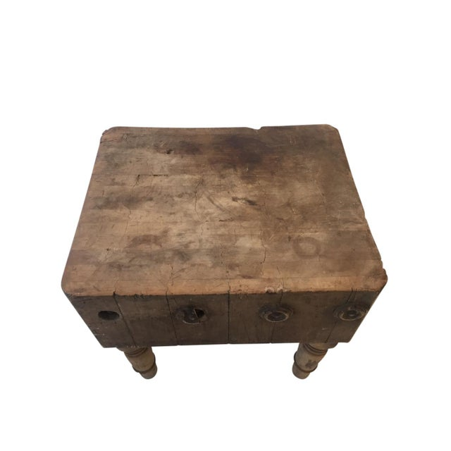 Folk Art Early 20th Century Rustic American Antique Butcher Chopping Block Table For Sale - Image 3 of 6