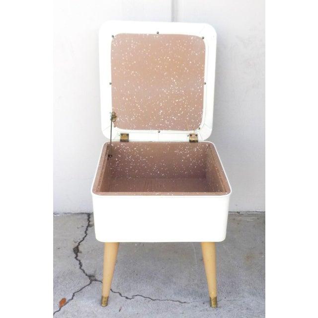 Mid-Century Modern White Leatherette Storage Stool - Image 5 of 7