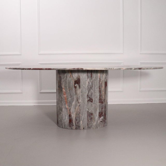Italian Oval Salome Marble Pedestal Dining Table, Italy, 1970s For Sale - Image 3 of 13