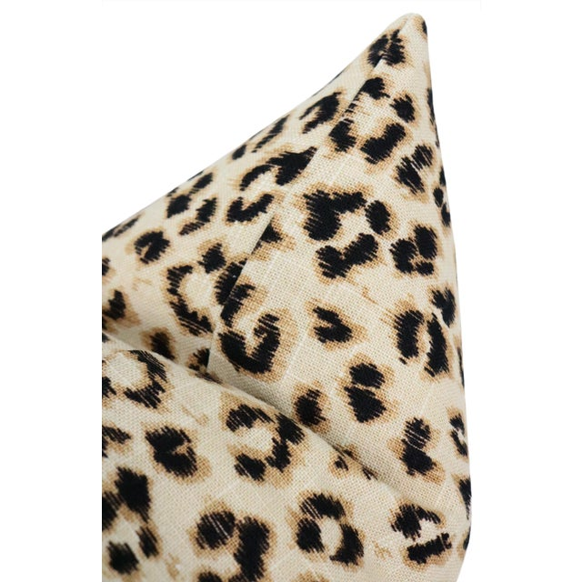 "2010s 12"" X 18"" Leopard Linen Ebony Lumbar Pillows - a Pair For Sale - Image 5 of 6"