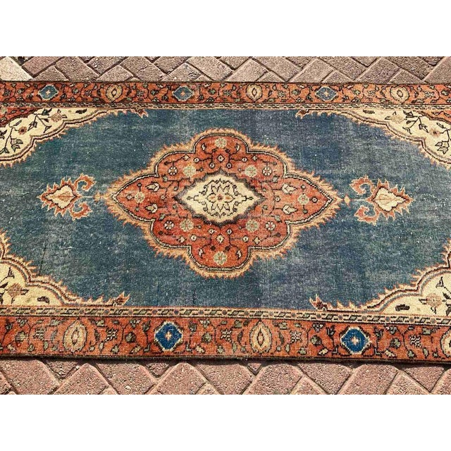 1960s Vintage Hand Knotted Turkish Area Rug For Sale - Image 5 of 10