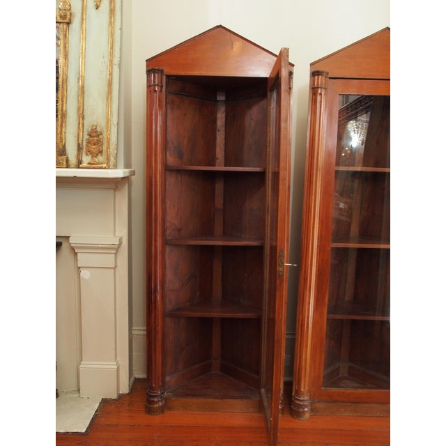 Louis XVI Pair of 19th Century Neoclassical Corner Cabinets For Sale - Image 3 of 7