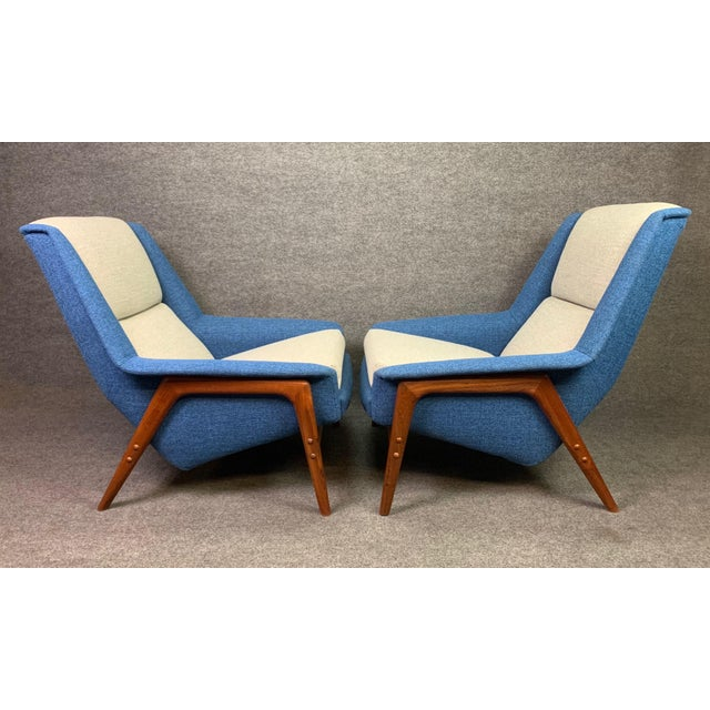 "Pair of Vintage Scandinavian Modern Teak ""Profil"" Lounge Chairs by Folke Ohlsson for Dux of Sweden. For Sale In San Diego - Image 6 of 11"