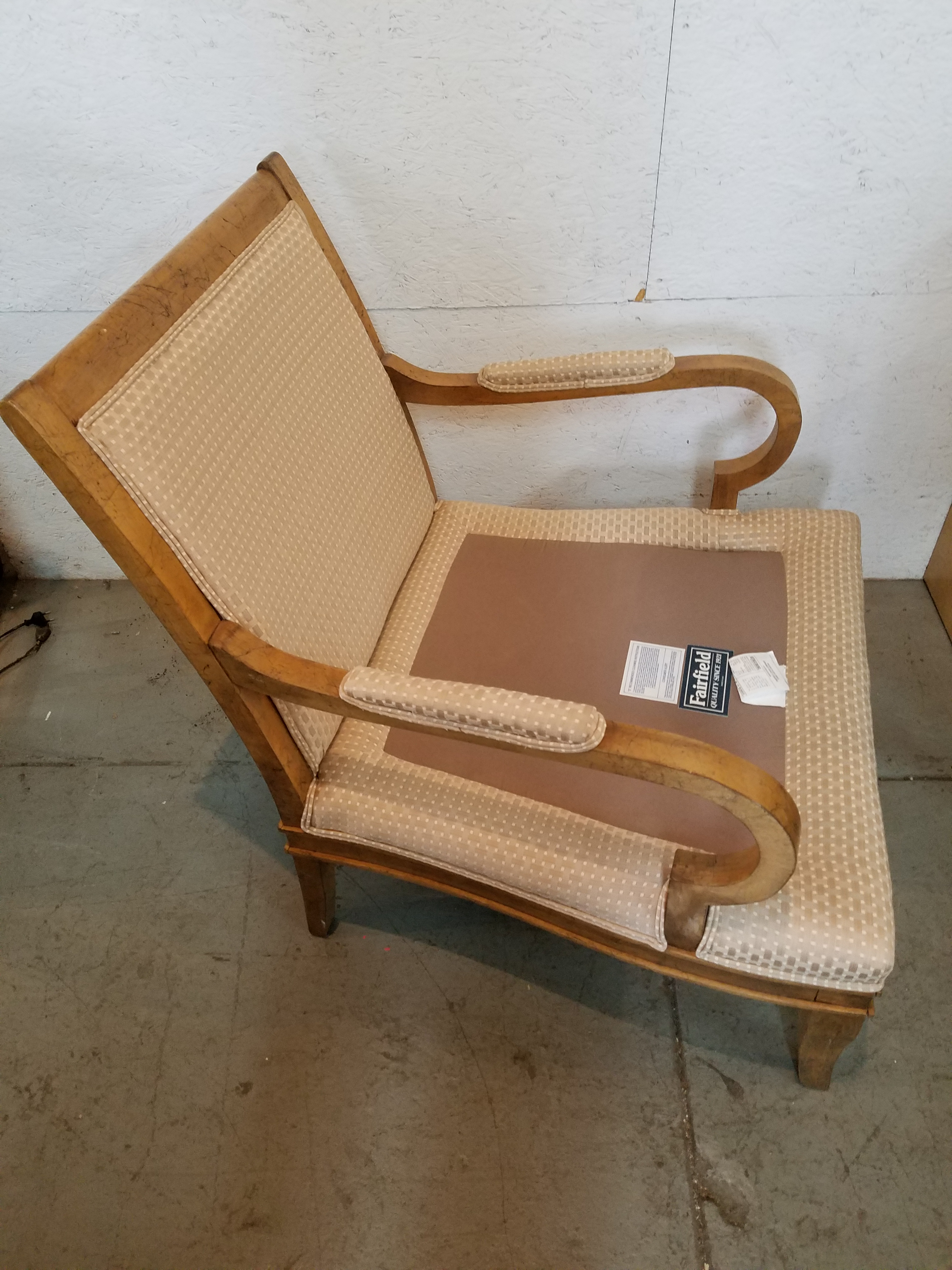 Fairfield Chair Company Traditional Style Lounge Chair ...