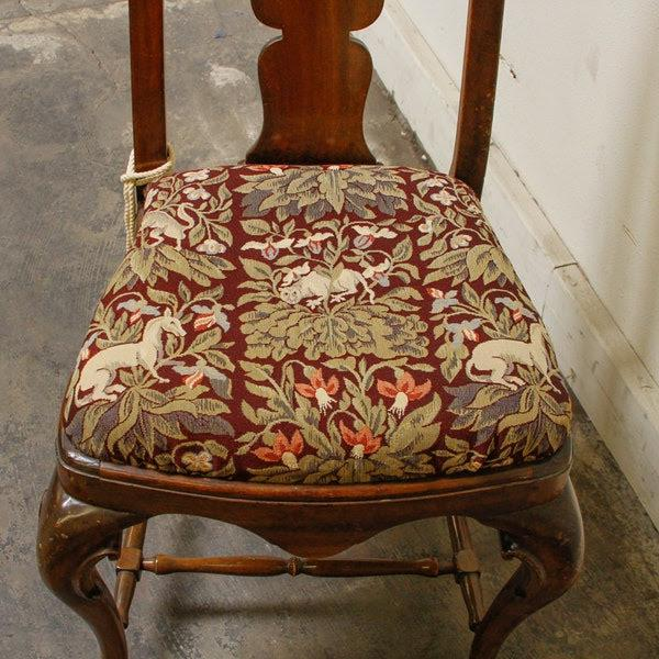 Fabric 1990s Queen-Anne Style Fiddleback Mahogany Side Chair For Sale - Image 7 of 10