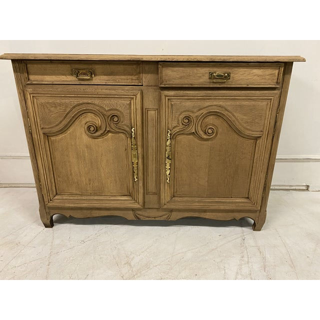 French antiques buffet provencal Louis XV Style , bleached from late 19th century and in walnut Wood . 2 drawers and 2 doors