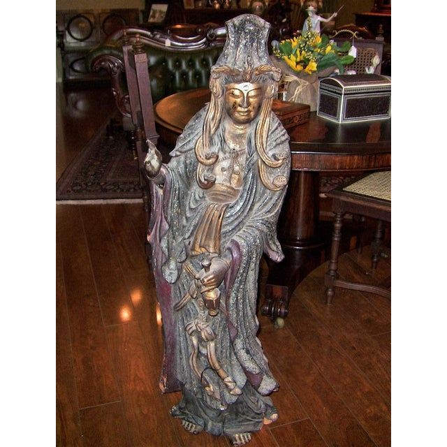 Late 19th Century 19c Asian Wooden Carved, Painted & Gilded Guanyin Statue For Sale - Image 5 of 12