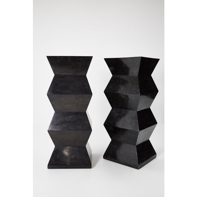 1990s Vintage Oversized Postmodern Tessellated Black Stone Accordion Pedestal For Sale - Image 11 of 13
