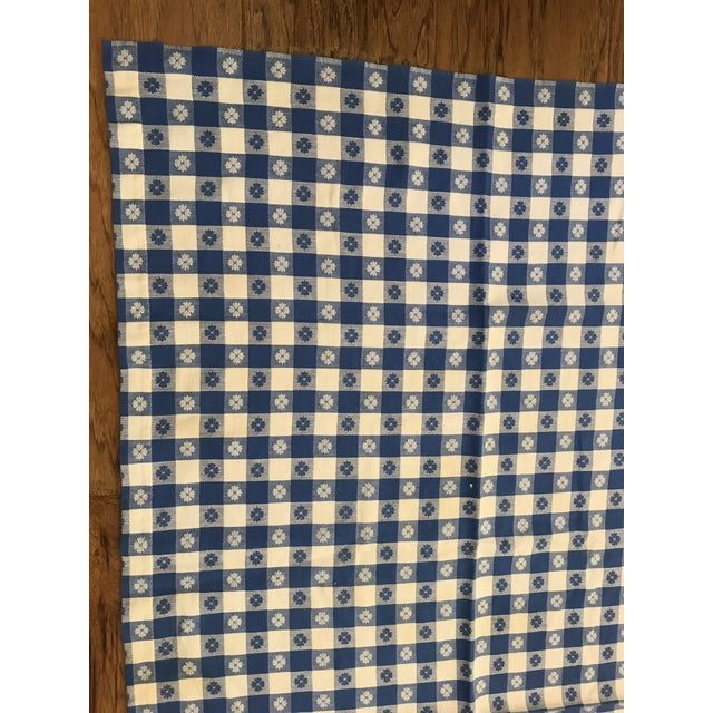 Mid-Century Modern Mid-Century Blue White Flower Design Tablecloth For Sale - Image 3 of 8