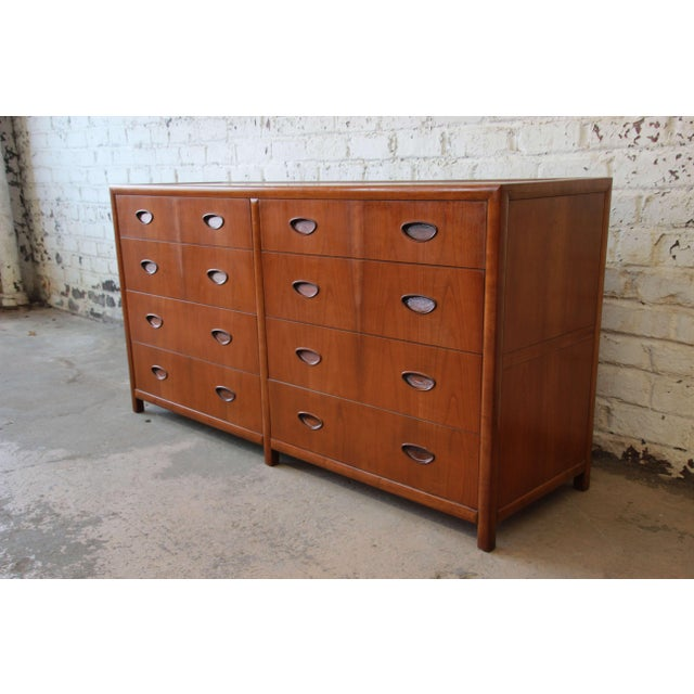Michael Taylor for Baker New World Collection Eight-Drawer Dresser or Chest For Sale - Image 5 of 11