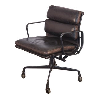 Eames Soft Pad Management Chair For Sale