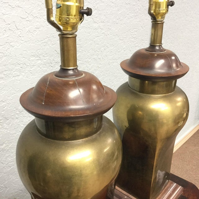 20th Century Hollywood Regency Ethan Allen Brass Table Lamps - a Pair For Sale In Tampa - Image 6 of 9