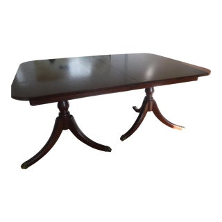 Duncan Phyfe Style 1950s Mahogany Formal Dining Room Table