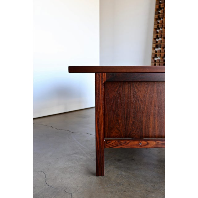 Mid Century Arne Vodder for h.p. Hansen Rosewood Executive Desk For Sale In Los Angeles - Image 6 of 10