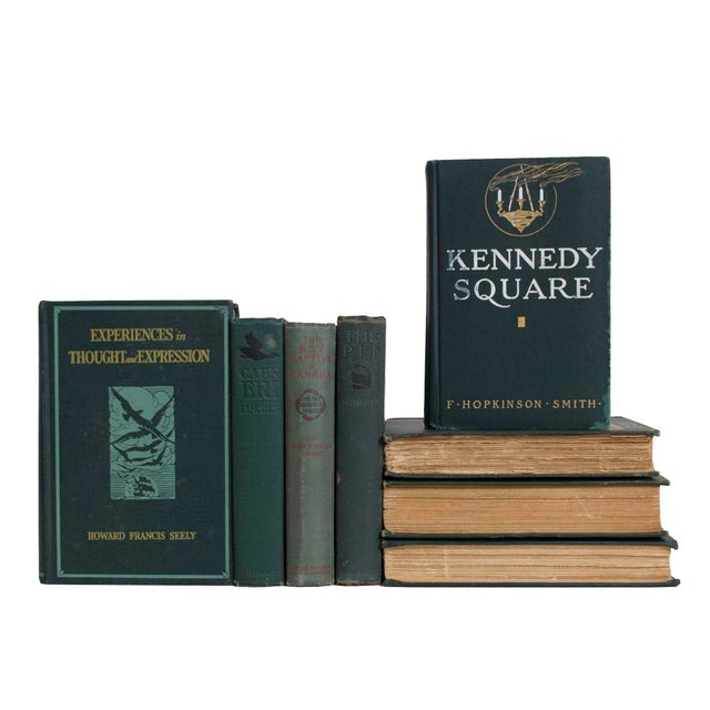 Features a blend of fifteen authentic vintage books published 1900-1939. Includes a variety of fiction and non-fiction...