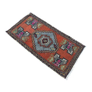 "Hand Made Oushak Rug - 1'8"" X 3'3"" For Sale"