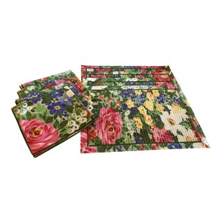 Vintage Floral Pleated Placemats & Napkins - Set of 4 For Sale