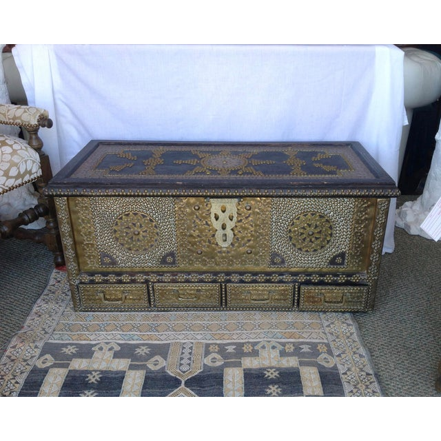 1980s Moroccan Chest / Coffee Table For Sale - Image 13 of 13