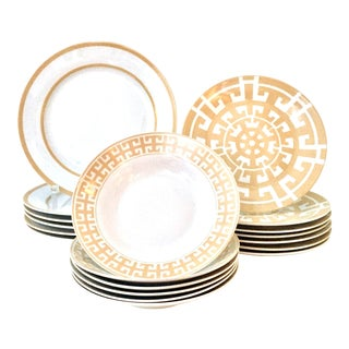 21st Century Modern Geometric Dinnerware By Colin Cowie - Set of 21 For Sale