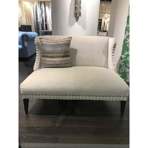 Transitional Off-White Upholstered Settee For Sale In Chicago - Image 6 of 7