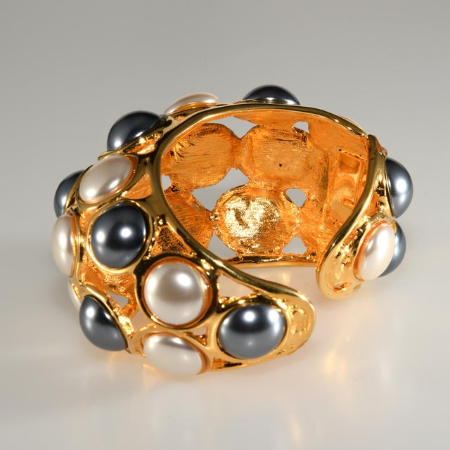 2000 - 2009 Kenneth Jay Lane Cuff Bracelet Faux Pearls For Sale - Image 5 of 6