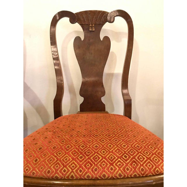 1950s Set of Ten Queen Anne Style Dining Chairs, Pair of Arm and Eight Side Chairs For Sale - Image 5 of 11