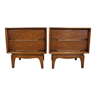 Pair of Mid-Century Danish Modern Kent Coffey the Forum Walnut Nightstands For Sale