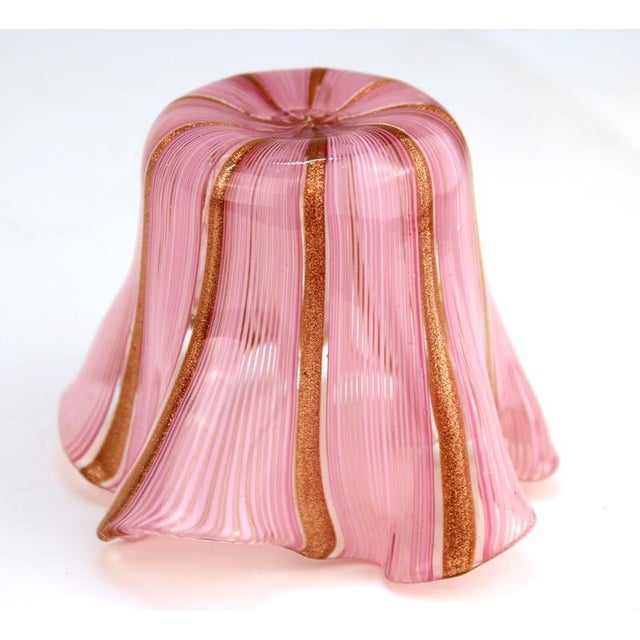Mid 20th Century Murano Glass Handkerchief Vase in Pink & Gold For Sale - Image 5 of 9