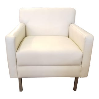 Viesso Ason Armchair in Cream Leather & Nickel Metal Legs For Sale