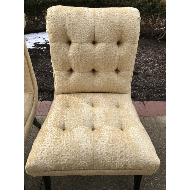 1940s 1940s Hollywood Regency Vintage Tufted Klismos Slipper Chairs- a Pair Champagne Velvet For Sale - Image 5 of 10