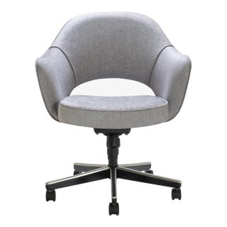 Saarinen Executive Arm Chair in Sterling Weave, Swivel Base