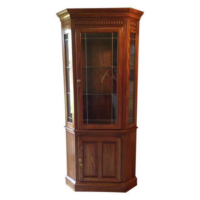 Pennsylvania House Lighted Corner China Cabinet - Image 1 of 6