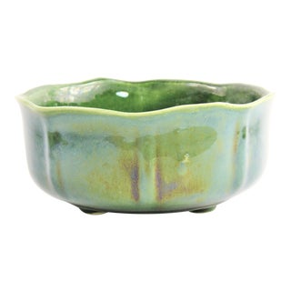 1070s Vintage Upco California Pottery Green Mirror Glaze Tulip Shape Planter For Sale