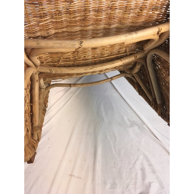 1970s Vintage Wicker Chaise Lounge For Sale In Charleston - Image 6 of 9