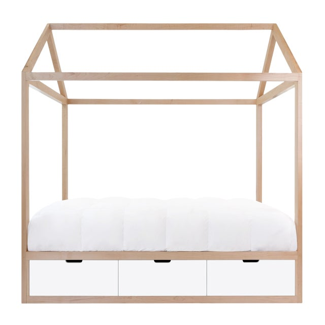 Domo Zen Twin Canopy Bed in Maple With White Finish Drawers For Sale