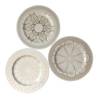 Contemporary Neutral Designer Gilt Plates - Set of 3 For Sale